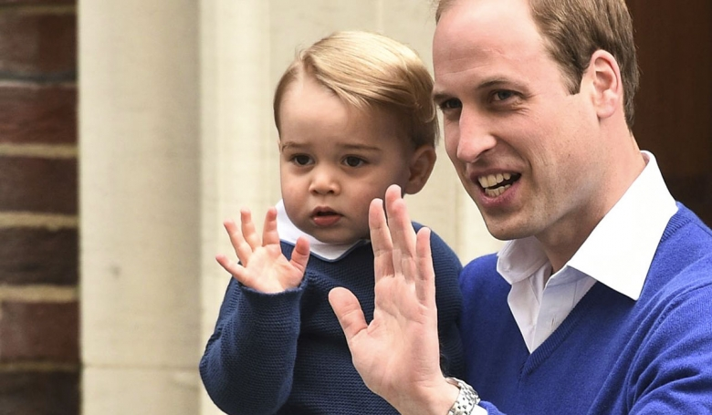 Il principino George con William d'Inghilterra, principe di Cambridge